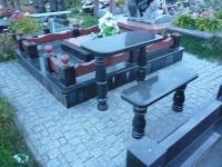 granitnye-pamjatniki-09