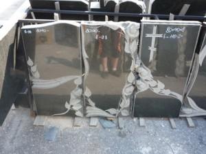 granitnye-pamjatniki-vystavka-23
