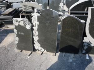 granitnye-pamjatniki-vystavka-25